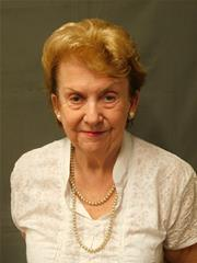 link to details of Cllr Pauline Grove-Jones